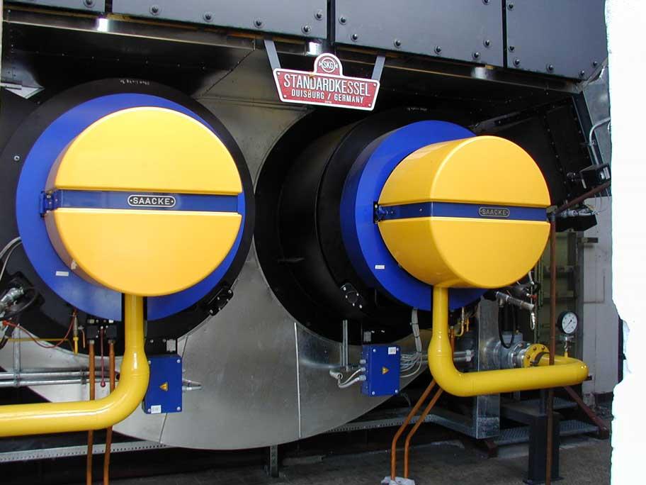 Heißdampfkessel zur Versorgung einer chemischen Fabrik mit Prozess- und Raumwärme