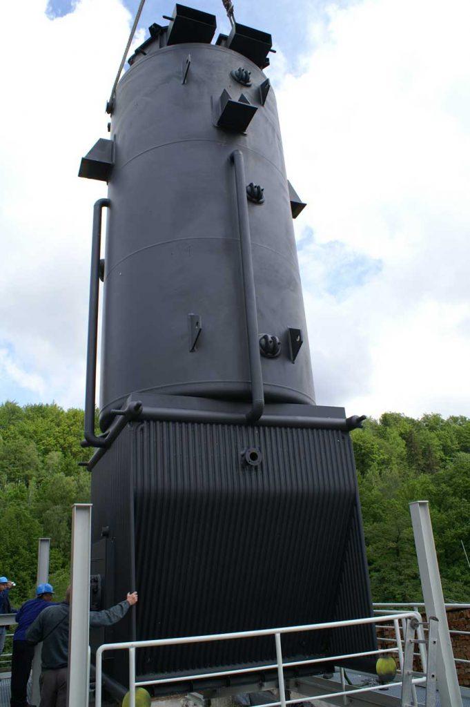 Hochdruckdampfkessel zur Versorgung einer Papierfabrik mit Dampf